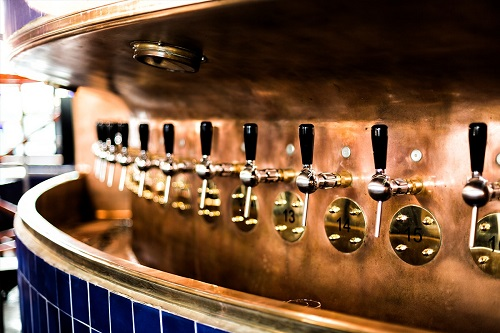 Self-Service-Tapwand-Beer-&-Barrels-Breda