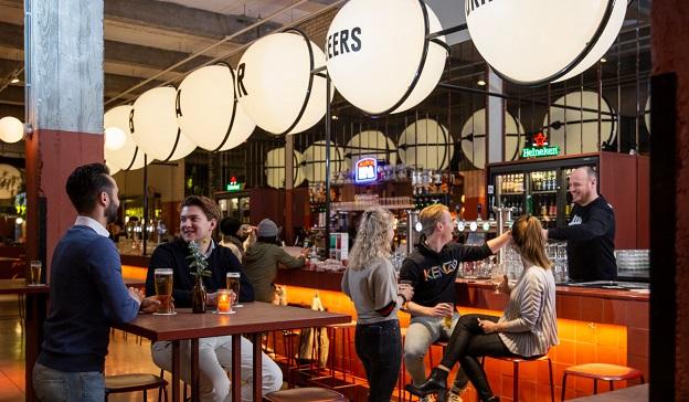 Foodhallen Rotterdam geautomatiseerde bar